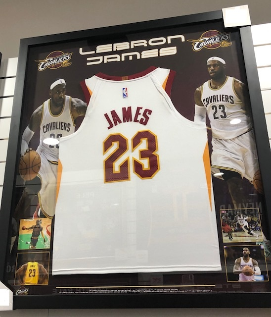 free shipping 2b1ed ae9da Lebron James Signed & Framed Jersey Cleveland Cavaliers